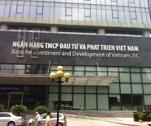 Thi công hệ thống biển mặt tiền Ngân hàng BIDV