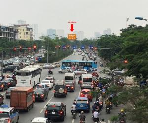 Biển quảng cáo Ngã tư Võ Chí Công - Xuân La - Tây Hồ - Hà Nội